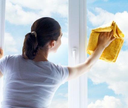 Мытьё окон, балконов и фасадов.